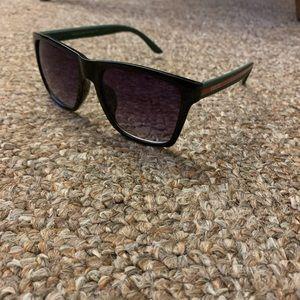 Other - Gucci sunglasses